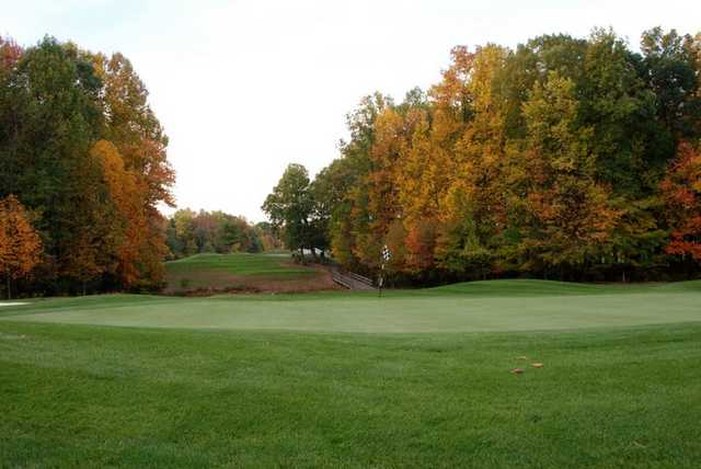 A fall view of the 14th green at Links at Challedon