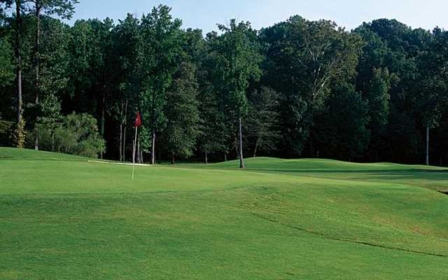A view of green at Lochmere Golf Club