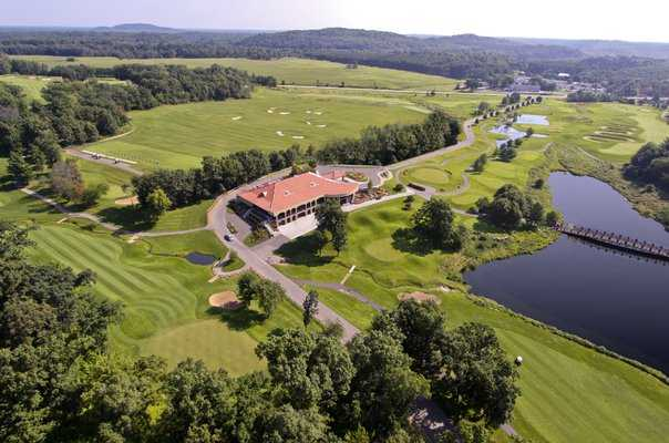Aerial view of the clubhouse at Trappers Turn Golf Club