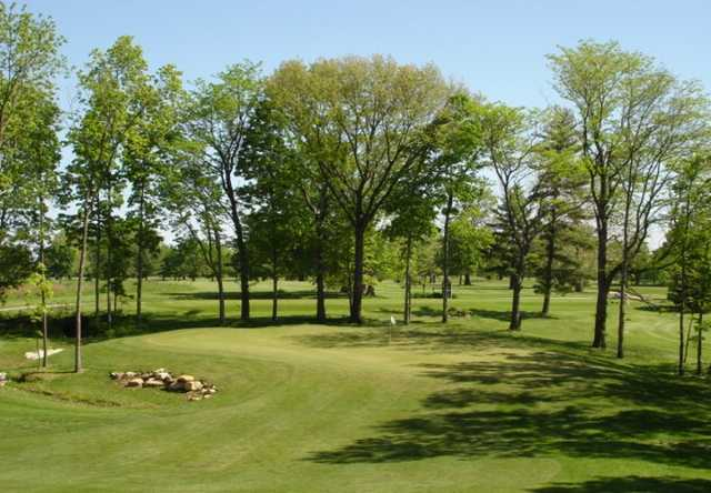 A view of hole #11 at Edgewood Golf Club