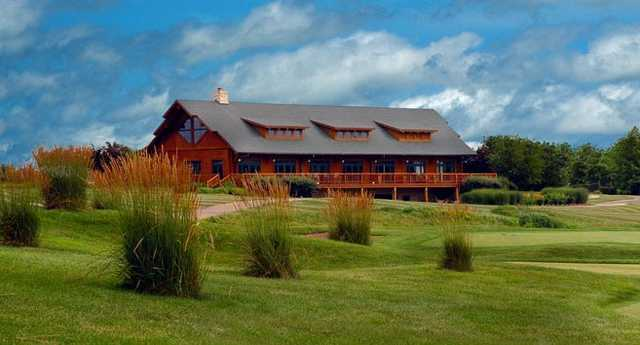 A view of the clubhouse at Far Oaks Golf Club