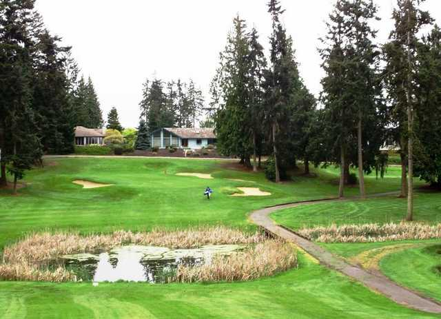 A view of green #15 at Sunland Golf & Country Club