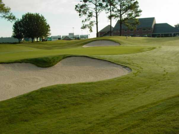 A view of the 9th green at Seminole Legacy Golf Club