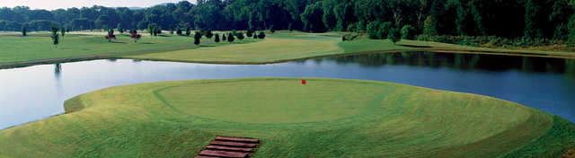 A view of the island green at Franklin Bridge Golf Club