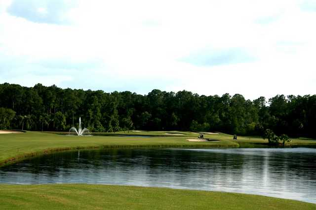 The par-5 14th hole on the Palm golf course at Disney World is short, but heavy on water.