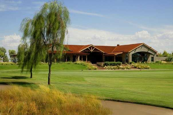 A view of the clubhouse at Southern Dunes Golf Club
