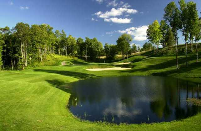 A view of the 9th hole at Hawk's Eye Golf Resort
