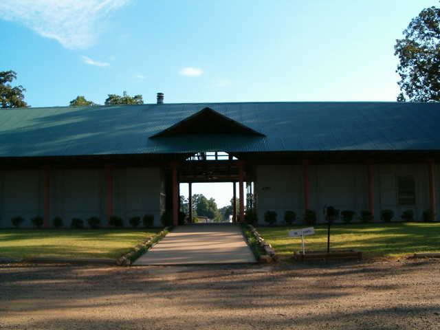 A view of the entrance at Oak Lawn Country Club