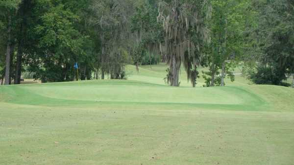 A view of green #1 at Country Oaks Golf Course