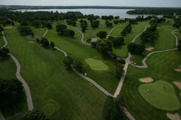 Aerial view from Majestic Oaks at Lake Lawn Resort