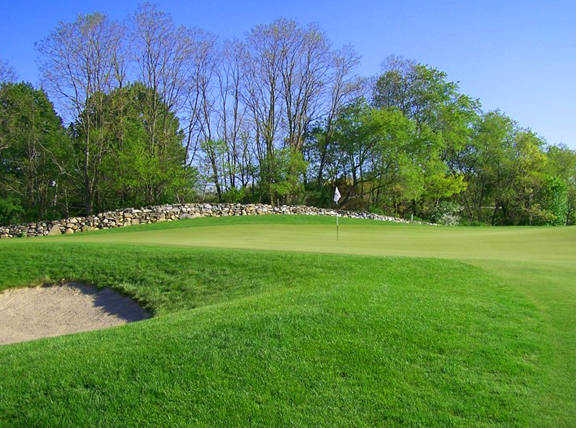 17th hole at Fox Hopyard GC