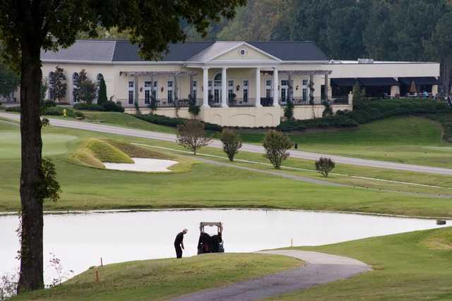 A view of the clubhouse at Cross Creek Country Club