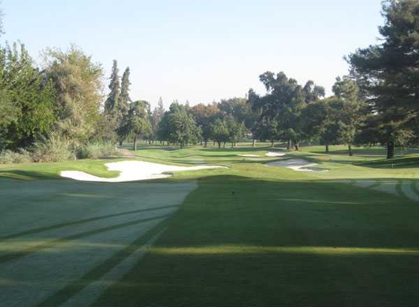 A view of hole #16 (courtesy of Kings River Golf & Country Club)
