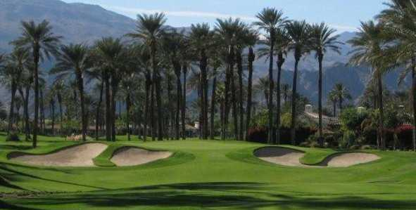 A view of the 15th green (courtesy of Palms Golf Club)