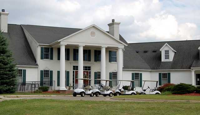 A view of the clubhouse at 	Wallinwood Springs Golf Club