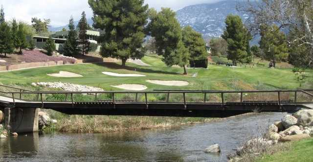 A view of the 9th green at River Island Country Club