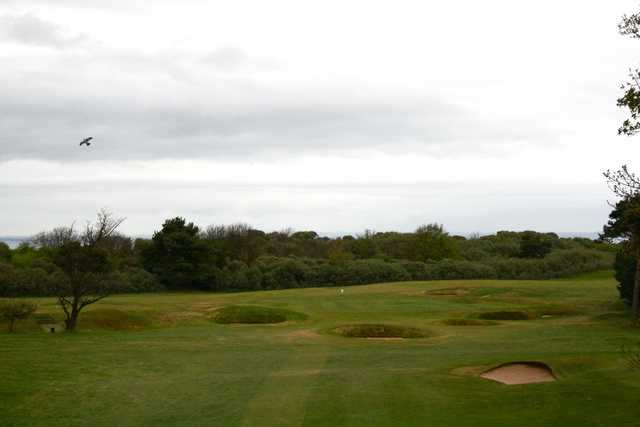 No. 4 at Longniddry Golf Club is a downhill par 3 that is littered with bunkers.