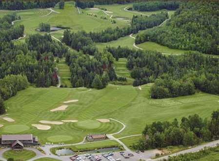 Aerial view of holes #9, #18 and fairway #10 at Club de Golf Heritage