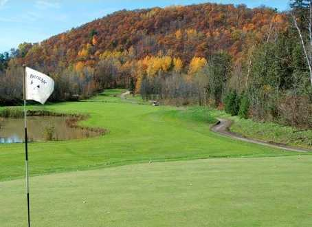 A fall view from Club de Golf Heritage
