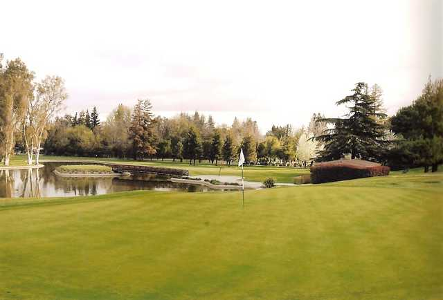 A view of a green with water coming into play at Stockton Golf & Country Club.