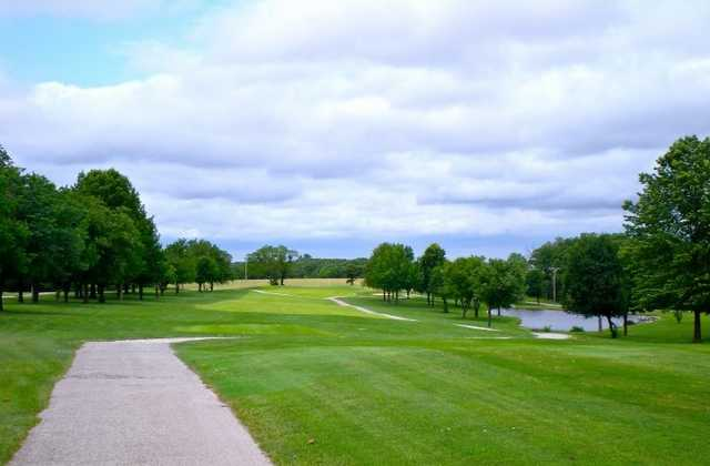 A view of the 1st fairway at Warrenton Golf Course