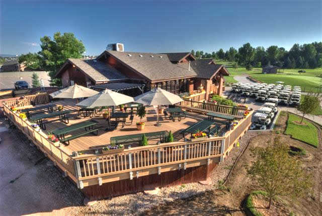 A view of the clubhouse and patio at SouthRidge Golf Club