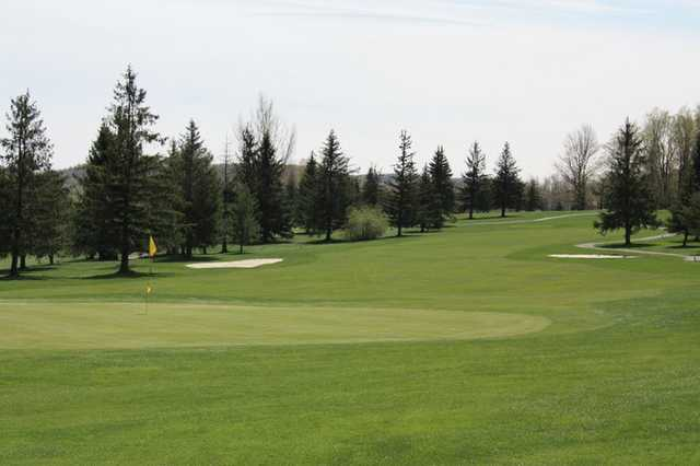 A view of green and fairway at Panorama Golf Course