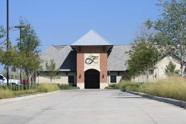 A view of the clubhouse from Frisco Lakes Golf Club