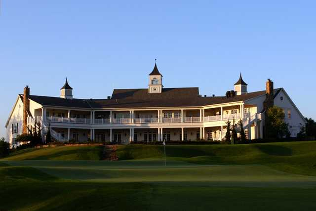 A view of the clubhouse at National Golf Club of Kansas City