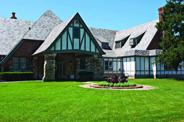 A view of the clubhouse at Oakwood Country Club