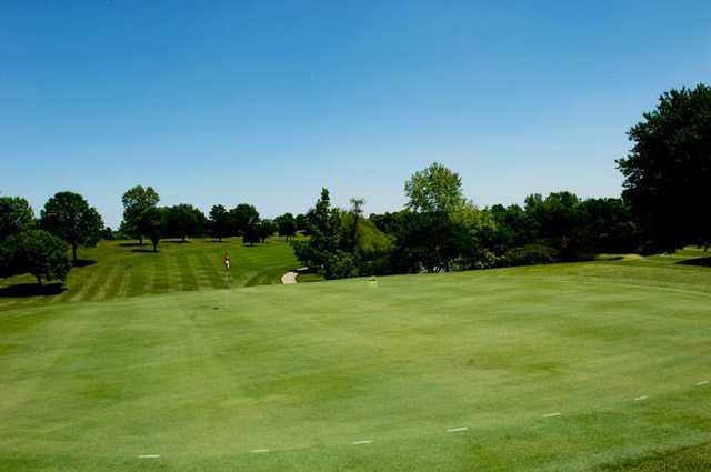 A view of the 18th green at Cardinal Hill Golf Club