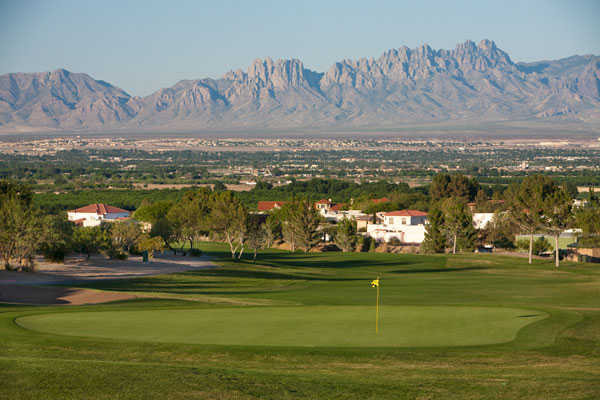 A view of the 9th green at Picacho Hills Country Club