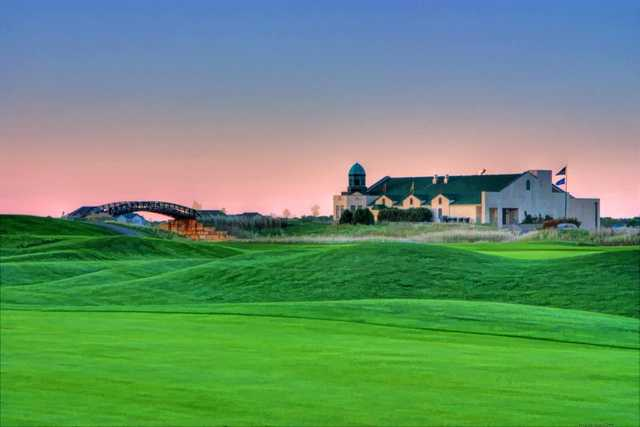 A view of the clubhouse at Links at Northfork