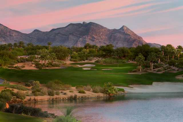 A view of the 18th hole at Arroyo Course from Red Rock Country Club
