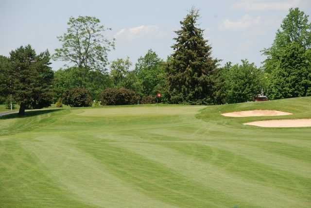 A view of the 18th hole at Hillview Country Club