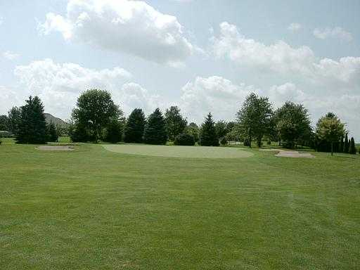 A view of green #11 at Chippendale Golf Course