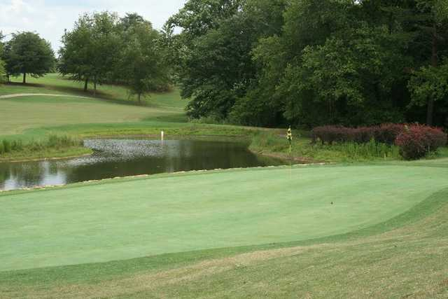 A view of the 13th green at Links O' Tryon Golf Club
