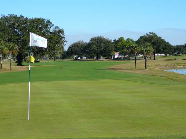 A view of the 15th green at Links of Spruce Creek South