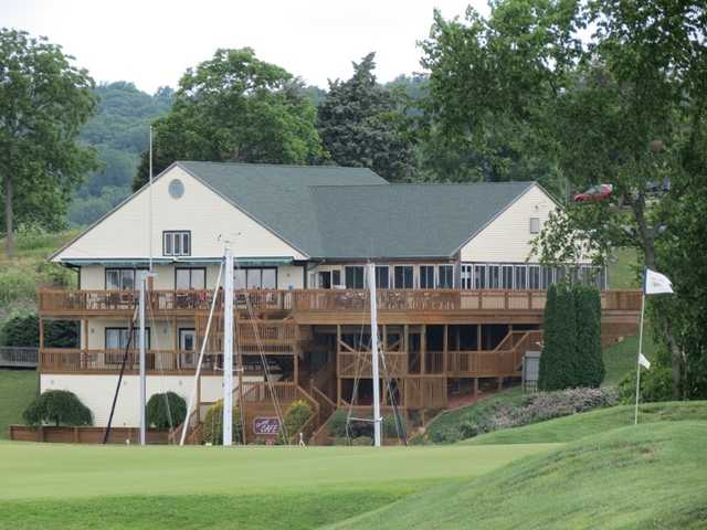 A view of the clubhouse from Harbor Links at Sagamore Resort