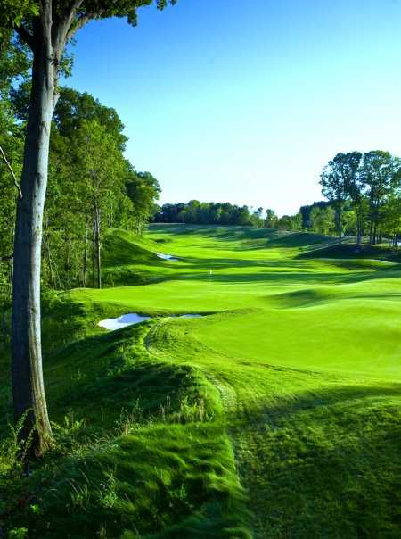 A view of the 10th hole at Harbor Shores