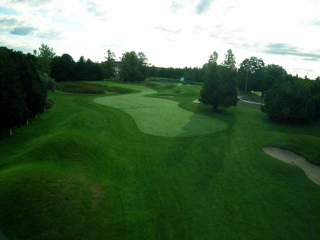 View of the 3rd hole at Marlwood Country Club