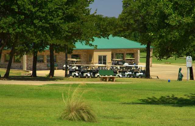 A view of the clubhouse at Choctaw Creek Golf Course