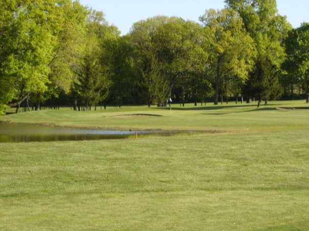 A view of hole #14 at Lake of the Woods Golf Course