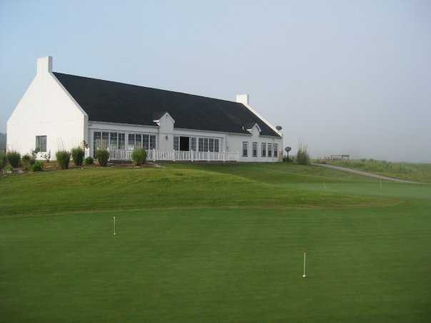 A view of the clubhouse at Aberdeen Golf Club
