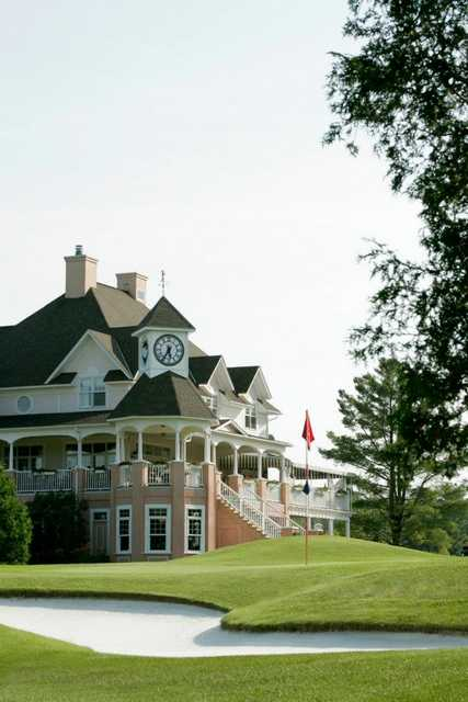A view of the clubhouse at Le Royal Bromont