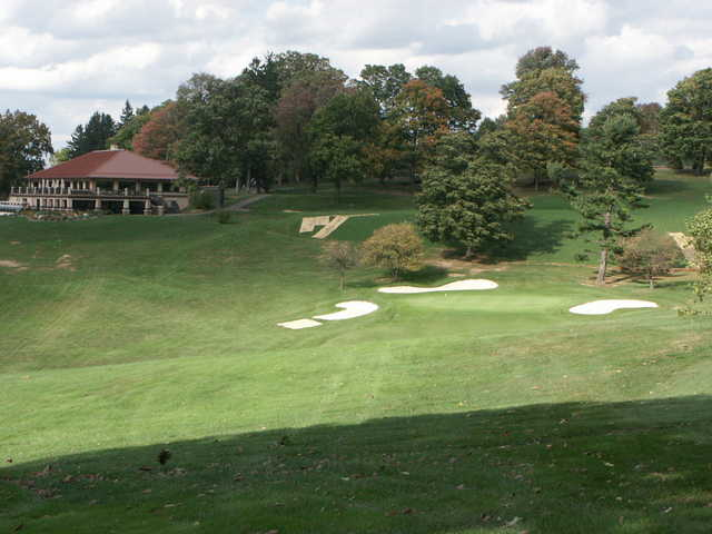 A view of green #9 protected by bunkers at Mount Vernon Country Club.