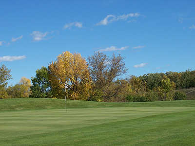 A view of the 1st green at Bulrush Golf Club