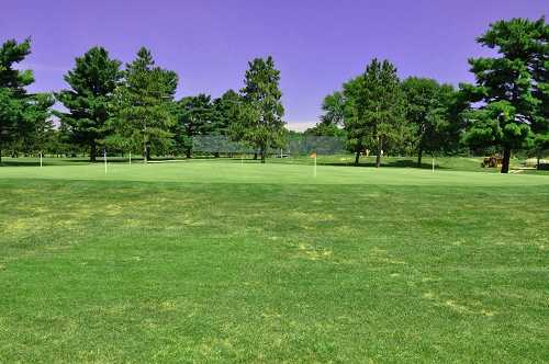 A view of the practice putting green at Elks 797 Golf Club