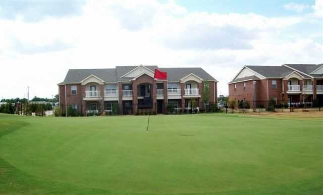 A view of green at Links at Norman Golf & Country Club