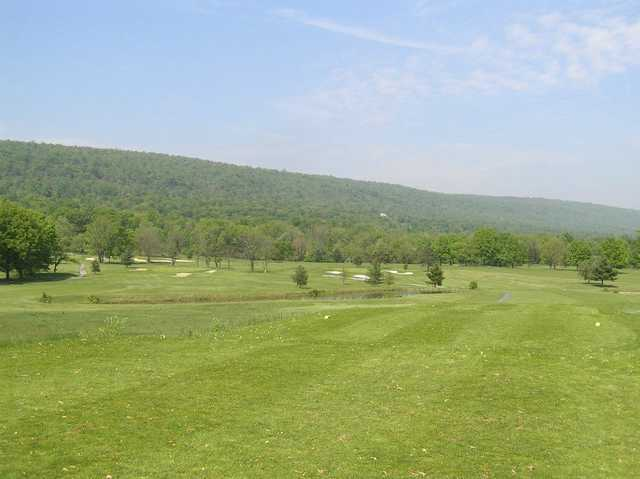 A view of the 1st and 16th hole at Sportsman's Golf Course